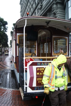 cable car-rear window photo credit Diana Serafini serafiniamelia.me
